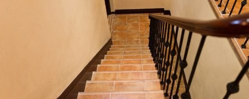 Tips for Identifying a 'Go-To' Storm Shelter in Your Home